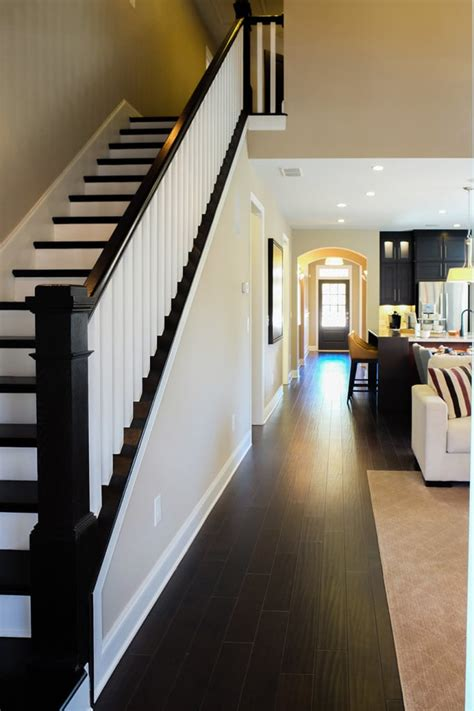 Straight Stairs - Southern Staircase | Artistic Stairs