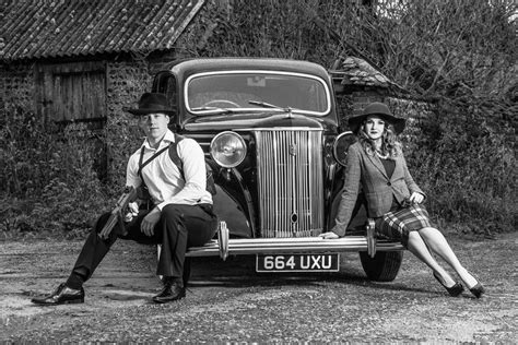 Bonnie and Clyde style photoshoot
