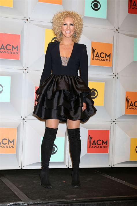 Kimberly Schlapman – 2016 Academy of Country Music Awards